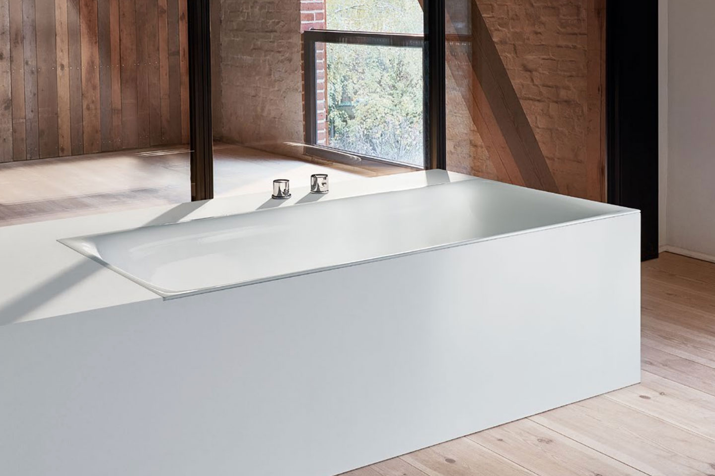 Bette free standing contemporary bath